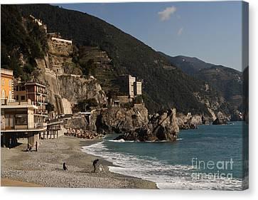 Monterosso Al Mare Canvas Print by Leslie Leda