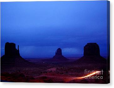 Monument Valley Awakens Canvas Print by C Lythgo