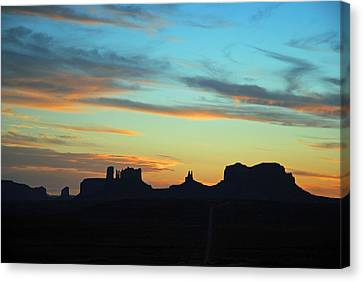 Monument Valley Sunset 4  Canvas Print