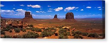 Monument Valley Ut \ Az Canvas Print