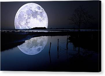 Moon At Night Canvas Print by Gianfranco Weiss