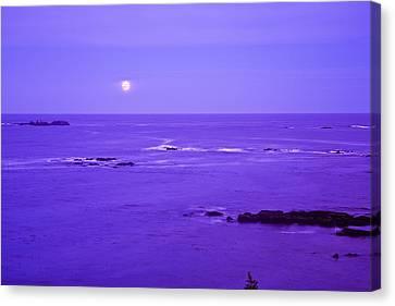 Moon Rises Over Monashka Bay At Ft Canvas Print