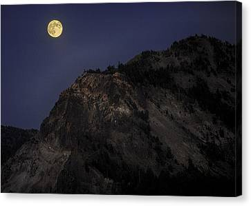 Moonlight On The Crater Rim Canvas Print by Gary Neiss