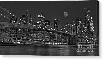 Moonrise Over The Brooklyn Bridge Bw Canvas Print by Susan Candelario