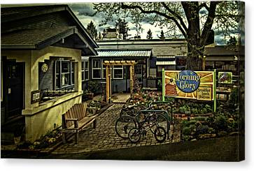 Canvas Print featuring the photograph Morning Glory Cafe Ashland by Thom Zehrfeld