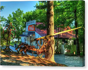 Morning In Rabbit Hash Canvas Print by Mel Steinhauer