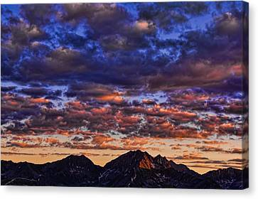 Morning In The Mountains Canvas Print by Don Schwartz