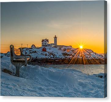 Morning Light At Nubble Lighthouse Canvas Print by Bryan Xavier