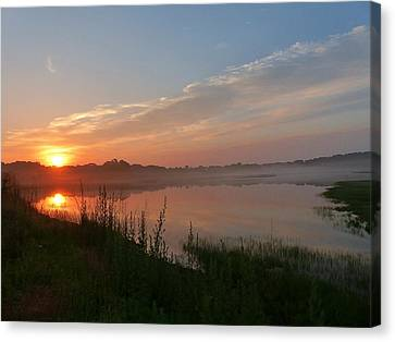 Canvas Print featuring the photograph Morning Mist by Elaine Franklin