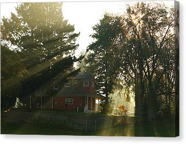 Canvas Print featuring the photograph Morning Rays by Lynn Hopwood