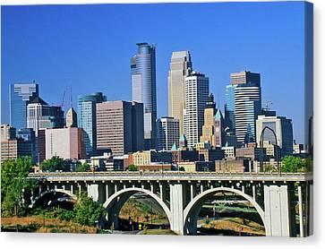 Morning View Of Minneapolis, Mn Skyline Canvas Print