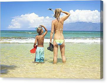 Mother Son Snorkel Canvas Print by Kicka Witte