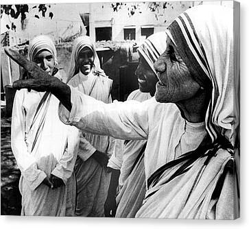 Mother Teresa Points Something Out Canvas Print by Retro Images Archive