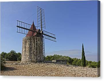 Moulin De Daudet Fontvieille France Dsc01833 Canvas Print by Greg Kluempers