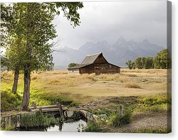 Moulton Barn At Mormon Row Canvas Print
