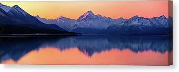 Mount Cook, New Zealand Canvas Print