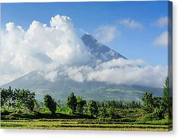 Mount Mayon Volcano, Legazpi, Southern Canvas Print by Michael Runkel
