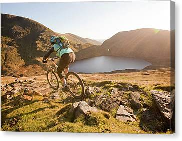 Mountain Bikers Canvas Print by Ashley Cooper