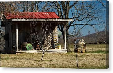Mountain Cabin In Tennessee 1 Canvas Print by Douglas Barnett