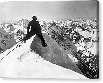 Mountain Climber On Jungfrau Canvas Print by Underwood Archives