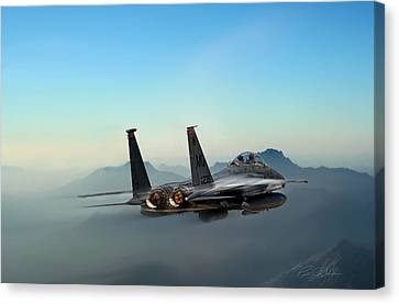 Mountain Eagle Canvas Print by Peter Chilelli