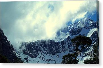 Mountain In New Zealand Canvas Print by John Potts