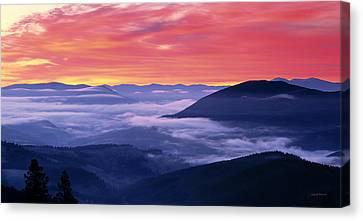 Mountain Sunrise Canvas Print by Leland D Howard