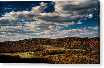 Mountain View In Fall Canvas Print