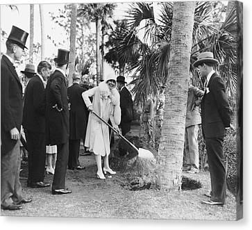Mrs. Calvin Coolidge Planting Canvas Print