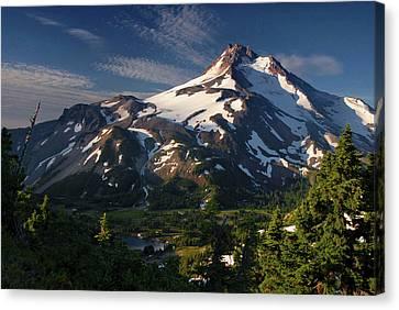 Mt Jefferson At Sunrise, Mt Jefferson Canvas Print