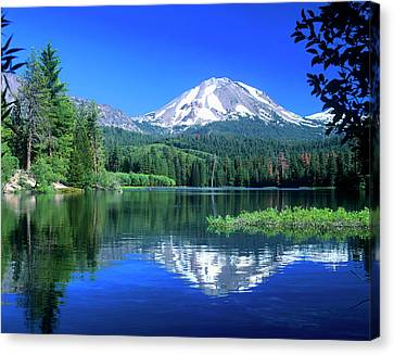 Mt Lassen Rises Above Manzanita Lake Canvas Print by John Alves