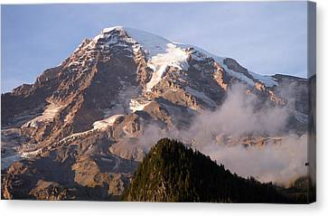 Mt Rainier Sunset Canvas Print