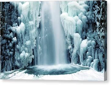 Multnomah Falls In Winter Canvas Print