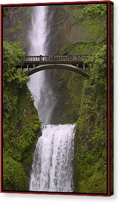 Multnomah Falls Oregon Canvas Print by Gary Grayson