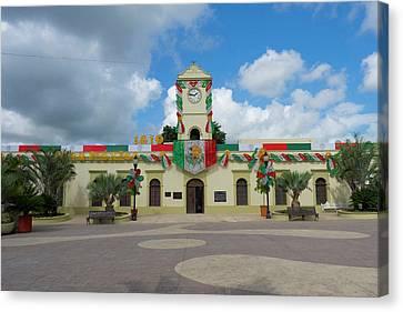 Municipal Building, San Jose Del Cabo Canvas Print by Douglas Peebles