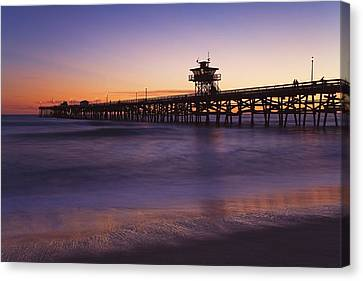 Municipal Pier At Sunset San Clemente Canvas Print by Richard Cummins