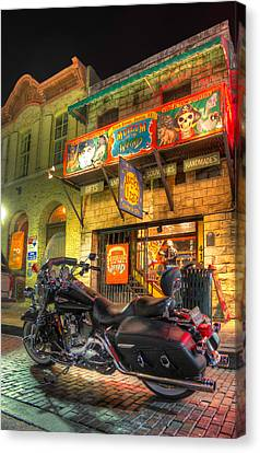 Canvas Print featuring the photograph Museum Of The Weird by Tim Stanley