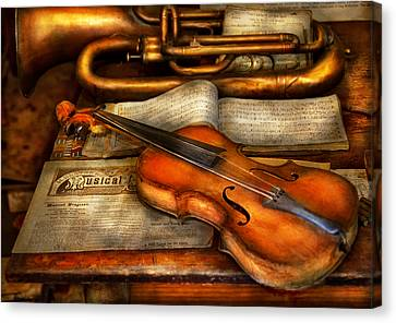 Music - Violin - Played It's Last Song  Canvas Print by Mike Savad