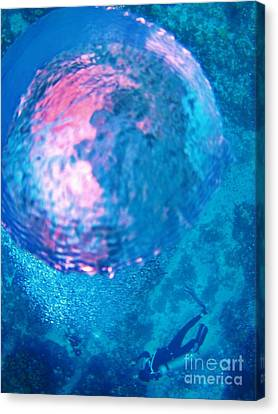 My Reflection In A Divers Bubble Canvas Print