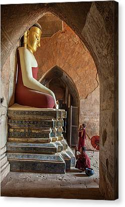 Myanmar, Mandalay, Bagan Canvas Print by Jaynes Gallery