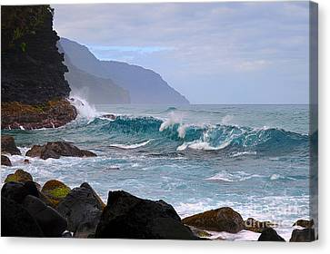Na Pali Coast In Hawaii Canvas Print