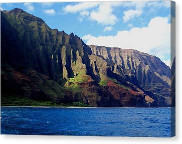 Na Pali Coast On Kauai Canvas Print