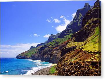 Na Pali Coast Trail Kauai  Canvas Print by Kevin Smith