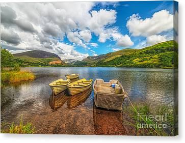 Nantlle Lake Canvas Print by Adrian Evans