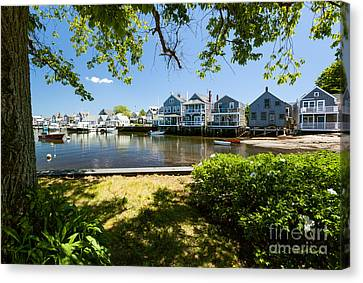 Nantucket Homes By The Sea Canvas Print by Michelle Wiarda