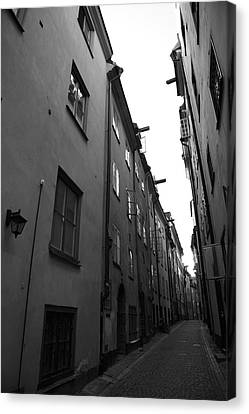 Narrow Medieval Street In Gamla Stan - Monochrome Canvas Print by Ulrich Kunst And Bettina Scheidulin