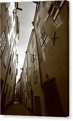 Narrow Medieval Street In Stockholm - Monochrome Canvas Print