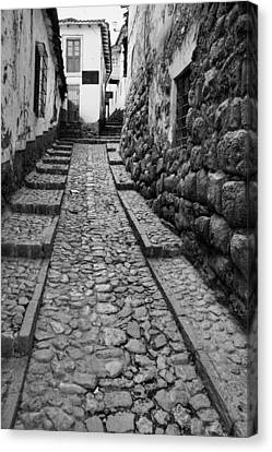 Narrow Street In Cusco Canvas Print