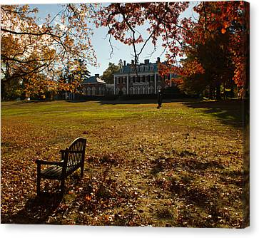 Canvas Print featuring the photograph Nassau County Museum Of Art by Jose Oquendo