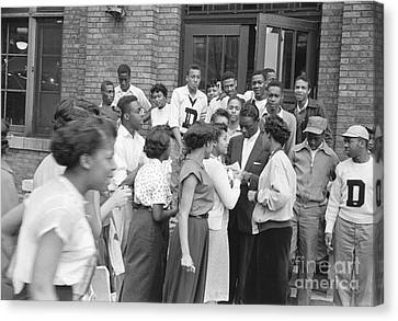 Nat King Cole With Fans 1954 Canvas Print